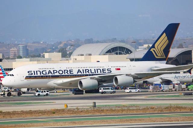 tiền vé máy bay đi singapore