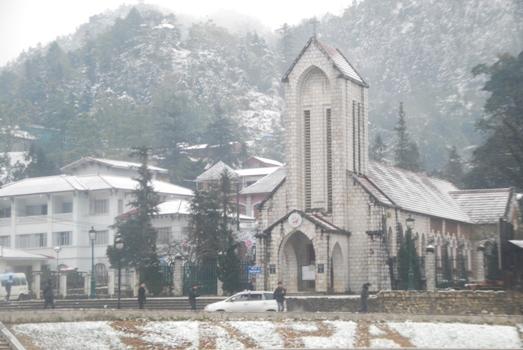 Chiêm ngưỡng 3 địa điểm tuyết rơi ở Việt Nam