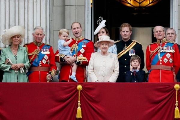 Tại sao nước anh lại có nữ hoàng