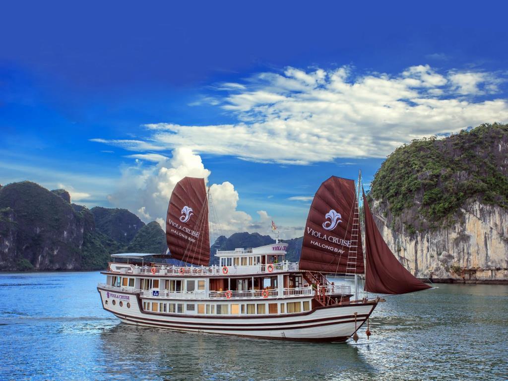 Du thuyền Bhaya Classic 2 ngày 1 đêm